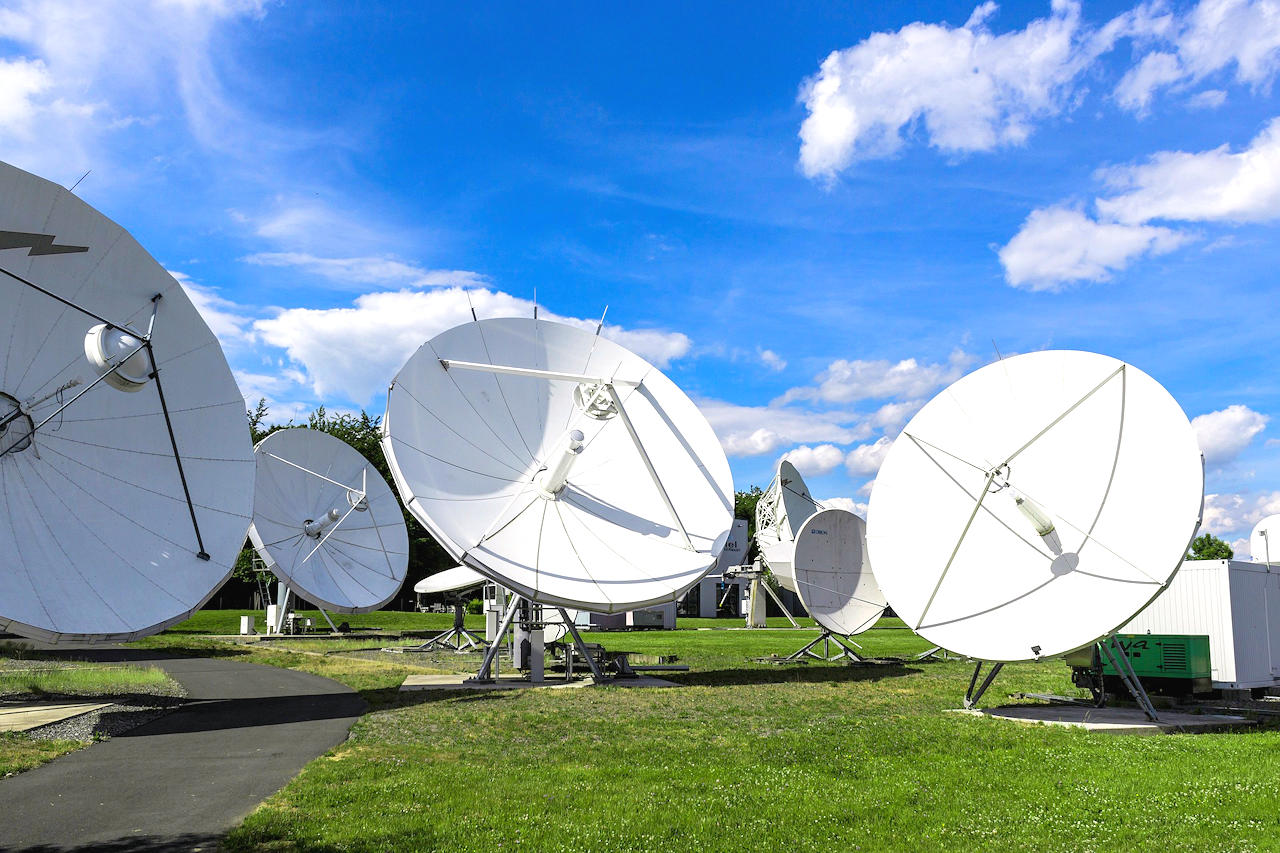 Microwave Satellite Components